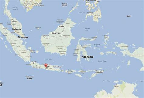yogyakarta map  yogyakarta satellite image