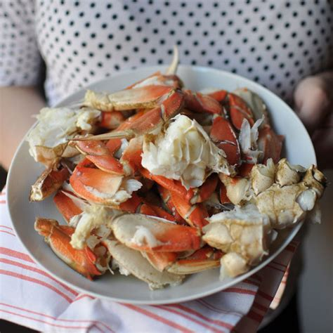 how to cook crab how to cook and clean live crab at home turntable kitchen
