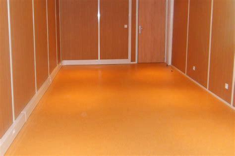 cloison de bureau acoustique les revêtements de sol pour bureau en lames ou dalles pvc