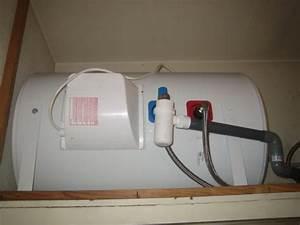 Cumulus 50 Litres : installation chauffe eau horizontal forum chauffage ~ Melissatoandfro.com Idées de Décoration