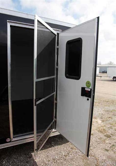 trailer options door mo great dane trailers