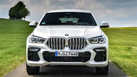 The bmw x6 is available in 2998 cc engine with 1 fuel type options: 2021 BMW X6 Review - Trims, Pricing, Engine, Features and Rivals Comparison
