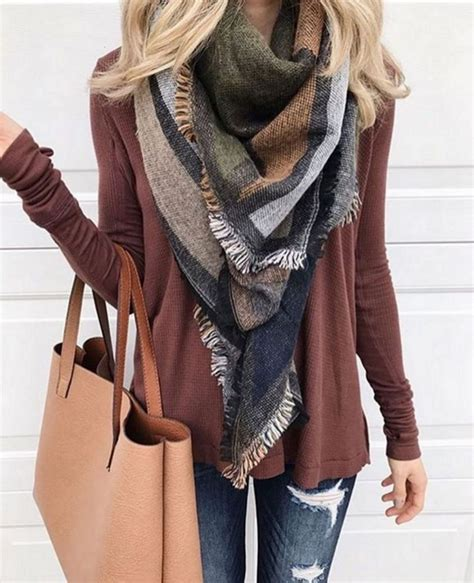 Cozy Fall Outfit Ideas For Active Women 9098 u2013 MONTENR
