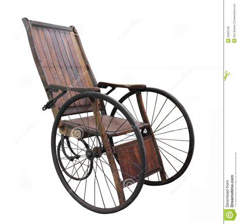 vieux fauteuil roulant d isolement photo stock image 45660198