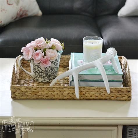 August 14, 2017 design ideas, interiors. How to Style a Coffee Table - Tip Tuesday