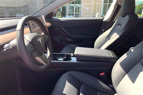 View Tesla 3 Base Model Price Pictures