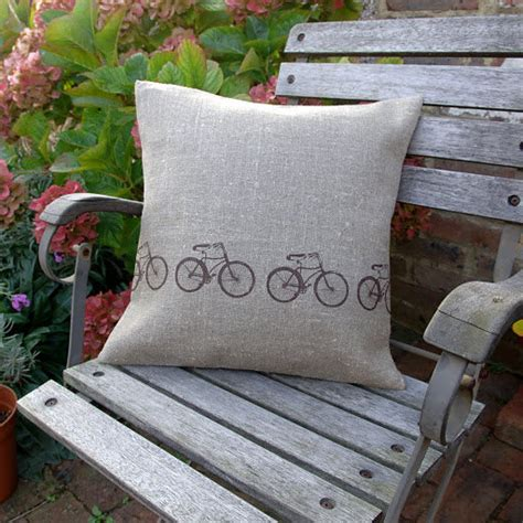 Bikethemed Decor Brings Hint Of Spring Home Velojoy