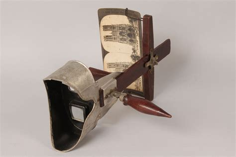 Antique and vintage stereoview photographs. Lot 423: Stereoscope with stereo cards | Case Antiques