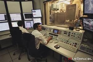 Renault F1 Viry Chatillon : dyno control room photo gallery ~ Medecine-chirurgie-esthetiques.com Avis de Voitures