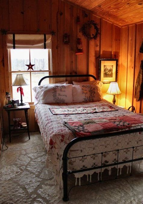 small cottage bedroom cabin bedroom that bed is beautiful and i just love this 13310   5f02f1f8ccd9d283eac73c634175590c