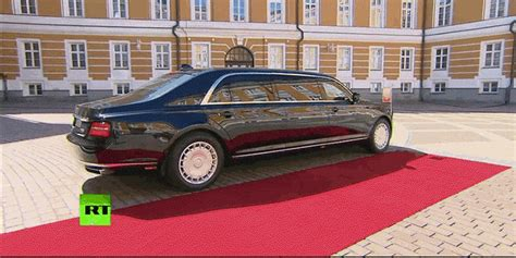 the presidential limo otherwise known new russian presidential limo is real for real