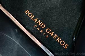 208 Roland Garros : peugeot 208 roland garros edition floor mat at the 2014 paris motor show indian autos blog ~ Gottalentnigeria.com Avis de Voitures