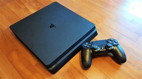 Close-up Look At The New Playstation 4 'slim'