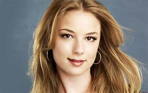 Emily VanCamp Wallpapers Images Photos Pictures Backgrounds