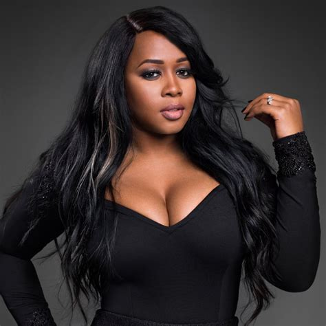 Remy Ma signs new record deal with Columbia Records ...