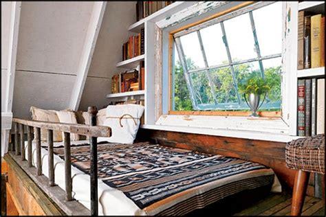 12 Beautiful & Creative Tiny House Lofts