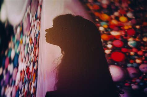 psychedelic portraits  dennis auburn ignantcom