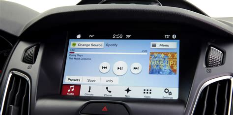 ford sync 3 kartenupdate f7 ford sync 3 better for driving than apple carplay and android auto says car maker photos