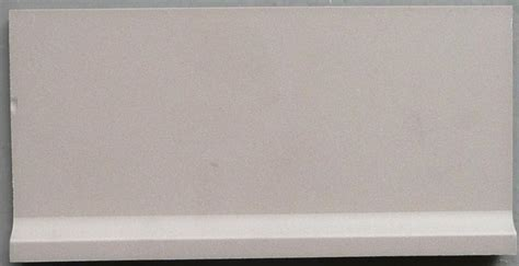 plinthe a gorge carrelage carrelage plinthe 224 gorge gris perle mat achat de carrelage gr 232 s pour mosaique et sol