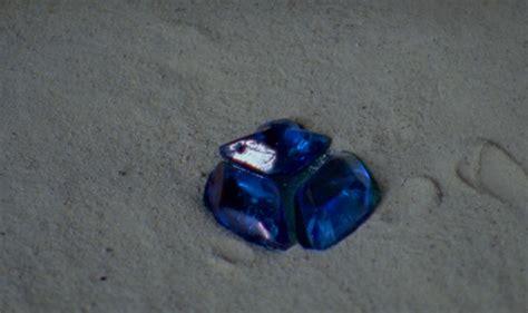 ho  add water crystal pendants