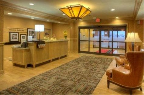 Hotels In Dodge City Ks by Hton Inn And Suites Dodge City Updated 2018 Prices