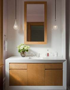 Bathroom vanity lighting ideas to brighten up your mornings