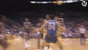NBA Friday Flashback: Magic Johnson's 1987 'Baby Sky-Hook ...