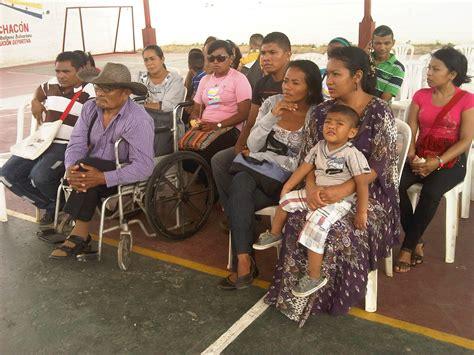 gobierno del zulia entrego financiamientos  artesanos