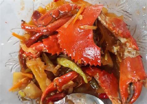 Setelah kepiting matang dan nanas layu, angkat masakan dari kompor. Resep Kepiting Asam Manis oleh Anisa Nur Hasanah - Cookpad