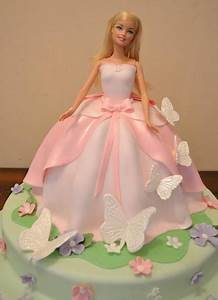 25 best ideas about barbie cake on pinterest barbie With gateau robe barbie