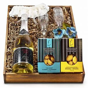 bride and groom wedding sparkling wine gift setgourmet With wedding gift baskets for bride and groom