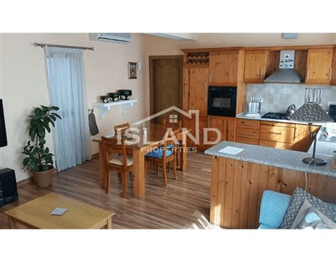 bedroom apartment san gwann   rent