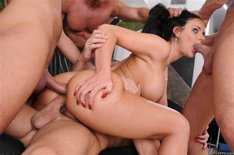 Double Assfuck Penetration With Girlfriend Ts Superstar Natalie