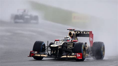 british grand prix  heavy rain expected