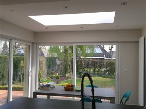 bureau blanc d angle extension maison dordogne vue sur jardin archithemeco