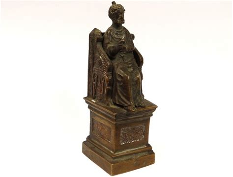 statue bronze sculpture saint pierre throne key paradise