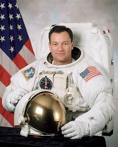 List of astronauts educated at the United States Naval ...