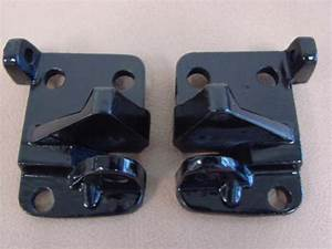 M 50500B Convertible Top Latch Mount Base For 1965-1966-1967 Ford Mustang (M50500B) – Larry's ...