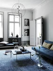 tendance couleur salon 2017 vive le bleu With tapis de gym avec canape a la mode
