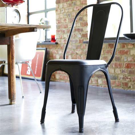 chaise metal industriel pas cher salle de bain type industriel