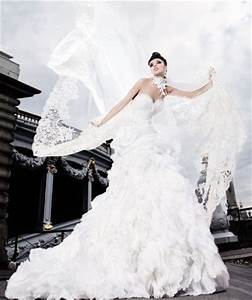 1000 images about french haute couture on pinterest With french couture wedding dresses