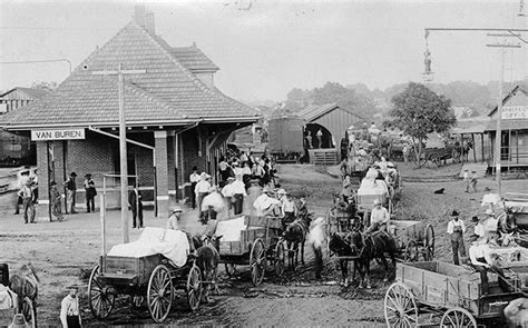 Van Buren Peach Harvesters - Encyclopedia of Arkansas