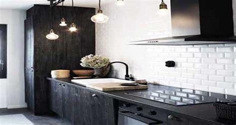 carrelage metro cuisine carrelage métro le style déco chic d 39 un carrelage de cuisine