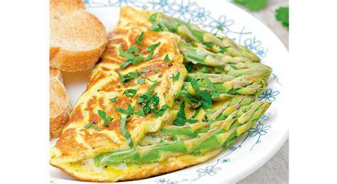 cuisine asperge omelette aux asperges sauvages magazine