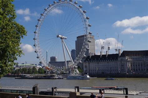 Full Day Total London Experience Tour Including London Eye
