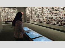 Snapshots of history Digital signage at the National