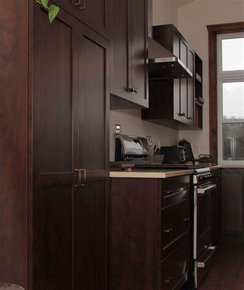 cuisine armoire brune cuisine armoire brune cobtsa com