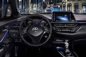 Toyota Chr Noir : nouveau toyota c hr toyota chartres ~ Medecine-chirurgie-esthetiques.com Avis de Voitures