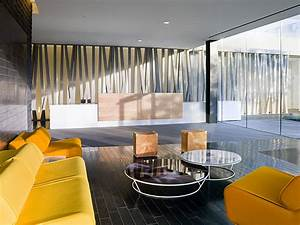 Bright office lounge interior design ideas for Office lounge design