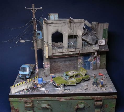 big city junk  trash  tiny dioramas  satoshi araki